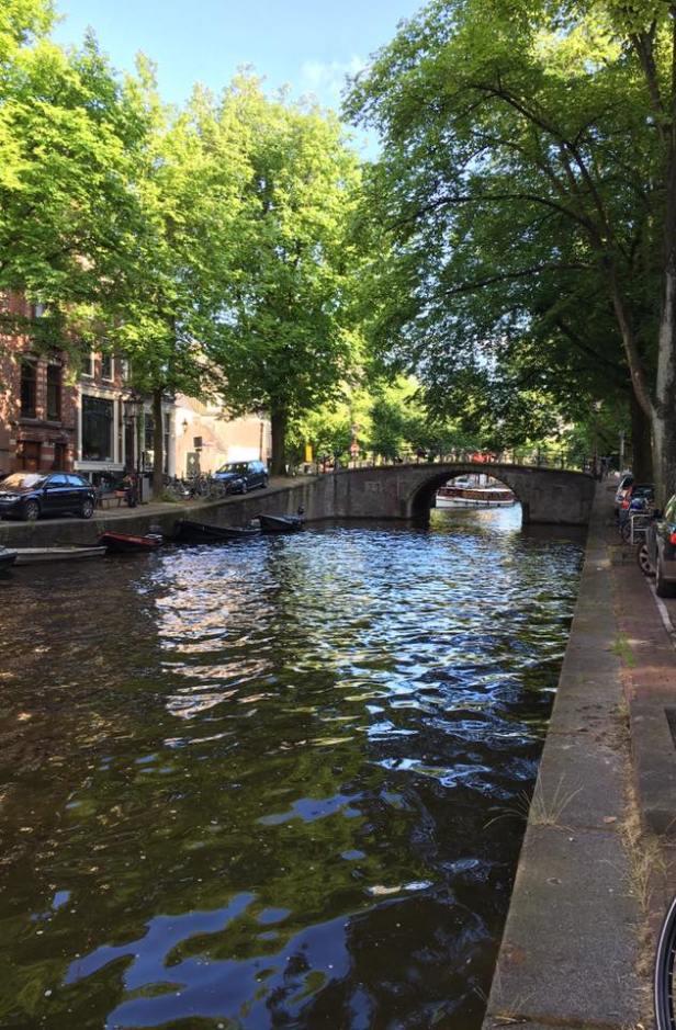 Canal et pont